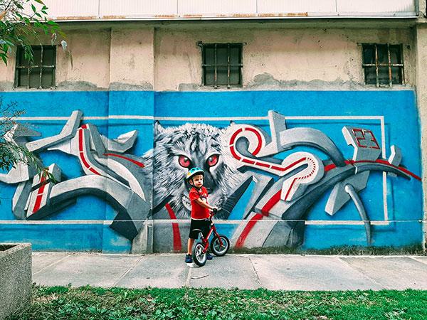 bambino murales torino