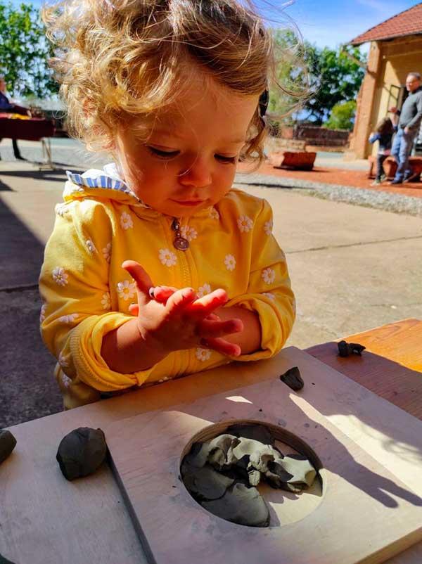 laboratorio argilla bambini