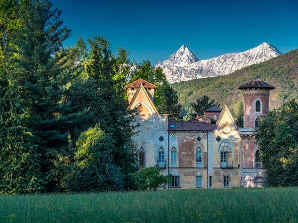 Castello di Miradolo piemonte creativo