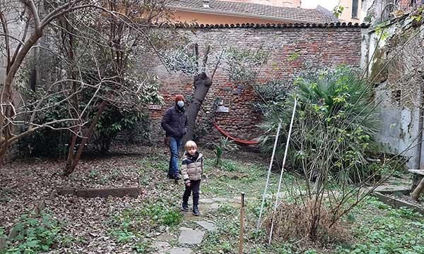 Viadellafucina16, il condominio museo a Torino giardino