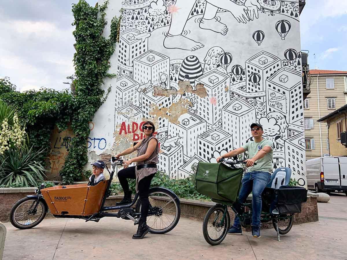 famiglia cargo bike torino