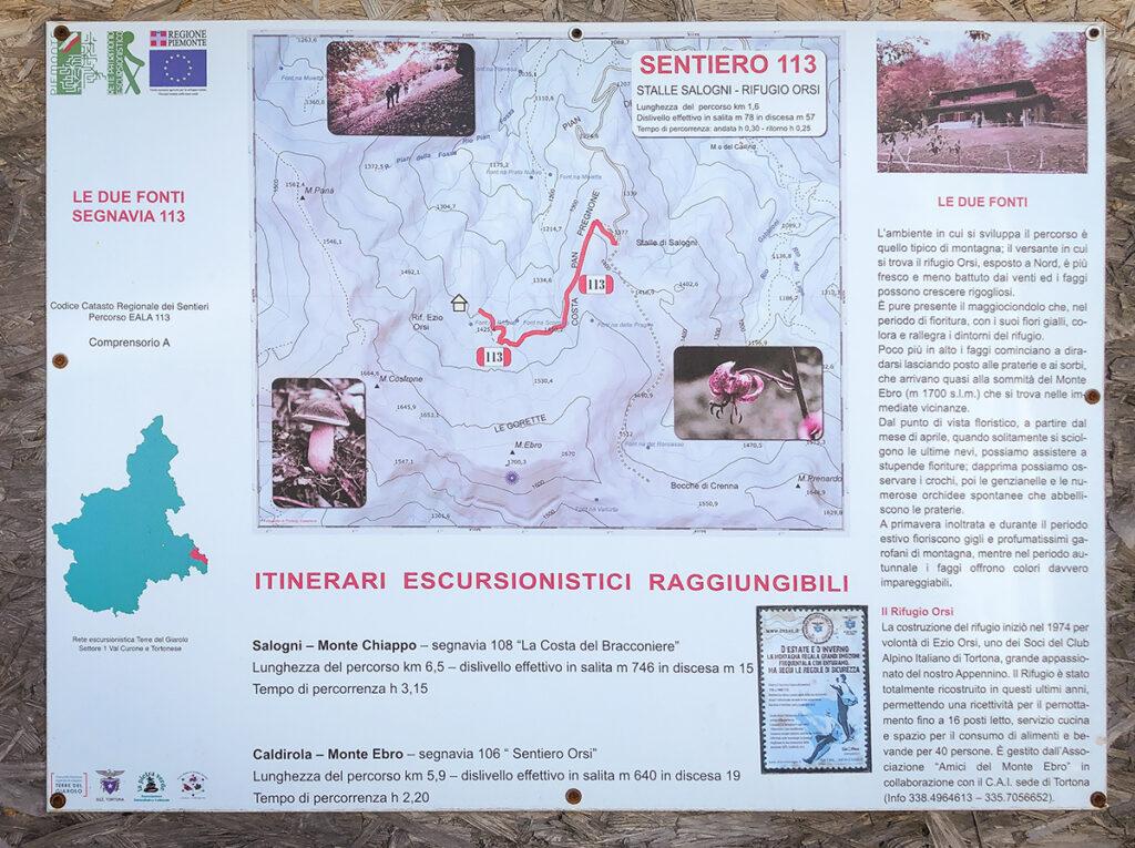 cartello con le indicazioni per raggiungere il rifugio Orsi dalle Stalle di Salogni