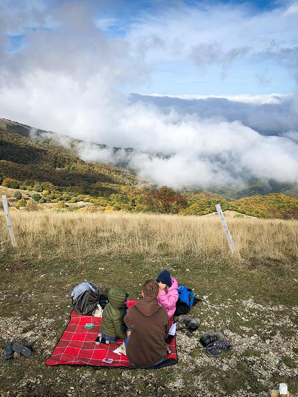 Pic nic sul monte con le nuvole