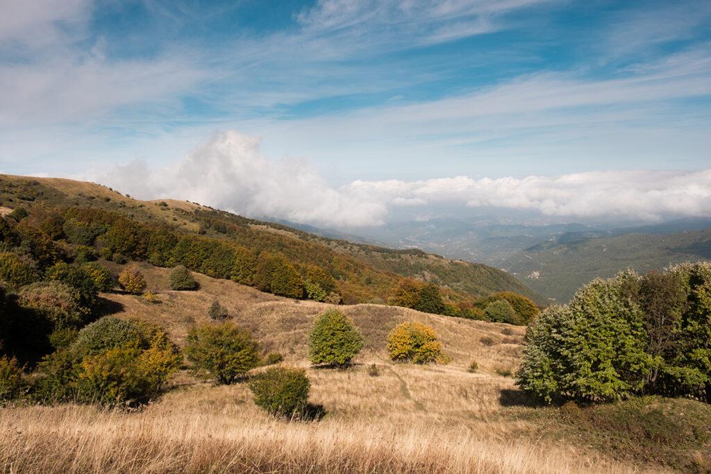 panorama sulla Val Curone dal Monte Ebro